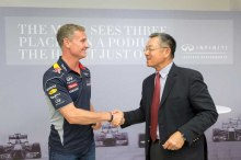 Infiniti_and_HKUST_David_Coulthard_and_Dr_Eden_Woon_lores